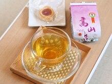 ユウセン(悠泉)の雰囲気(施術後は台湾から輸入した厳選台湾茶をご準備いたしております♪)