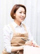 ネイルデザインアンドスクール クオーレ(nail design & school Cuore)谷岡 紗妃