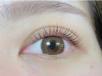 アイラッシュサロン アリア(eyelash salon aria)の写真/更に目力UP!パリジェンヌラッシュリフト¥6,500★根元から立ち上げまつ毛を長く&目を大きく見せます。