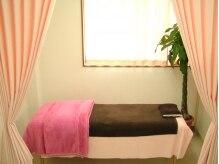 エステサロン プレシャス 浜松本店(Precious)の雰囲気(お姫様キブンになれそうな個室で丁寧な施術を受けられる♪)