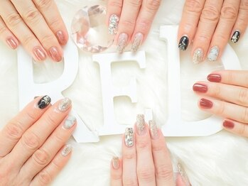 ネイル アンド エステ レッド(nail&esthe ReD)(和歌山県和歌山市)