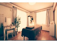 ランベリール(L'embellir)の雰囲気(カントリー調の個室空間でリラックスしながら施術が受けられる♪)