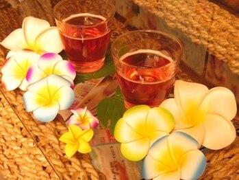 ハワイアンロミロミマッサージ マハロの写真/[友達同士やカップルの来店OK!]本格ロミロミマッサージの贅沢な時間をペアで楽しむ♪