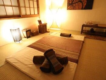 タイ古式緩体くつろぎの写真/《22時迄営業》本格タイ古式150分¥10800!完全個室で周りを気にせず、心からリラックスできる寛ぎ空間。