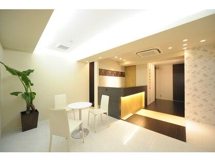 ハンドデトックスサロン ルナシア 西梅田店(Hand detox salon LUNASIA)の写真