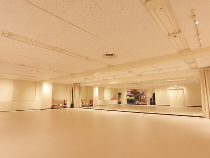 YMCヨガスタジオ新宿(新宿・代々木・高田馬場/リラク)の写真