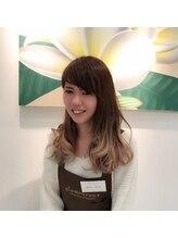 ネイルサロン グラマラス 所沢店青田 友美
