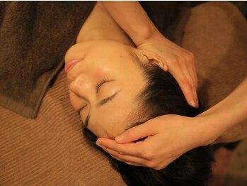 デトックスセラピーフロー(Detox Therapy FLOW)の写真/【小顔になりたい方必見☆】歪みを整えムクミ改善!経絡や骨格筋の調整でフェイスラインを引締めリフトUP♪