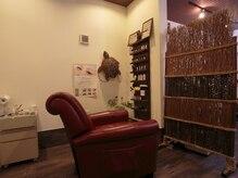 アゲート(Hair Clinic Salon Agate)の雰囲気(カメが泳ぐ奥の隠れブース★ヘアセットや着付けも有り。要問合せ)