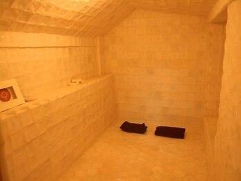 塩の部屋 四神ソルトセンターの写真/人目を気にせず心身共にリラックス☆ソルトルームは完全個室《タオル&ウェア付♪手ぶらでOK!》ペアプラン◎