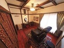 マツエクルーム♪ちょっと大人の雰囲気の個室です。