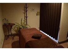 ビューティーアンドエステ クレア(beauty&esthe CLEA)の雰囲気(癒しの雰囲気が漂う施術部屋で落ち着いて施術を受けれます。)