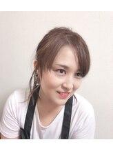 ビューティーサロン ビー(beauty salon be)森岡 亜紀