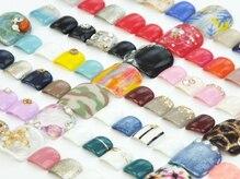 ネイルサロン アグラード(nail salon agrado)の雰囲気(約100種類以上☆ネイルサンプル多数取り揃えております!)