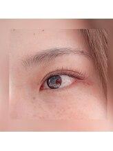 リコリス(licoris)/ブラウンのボリュームラッシュ