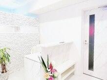 プライベートビューティーサロン アンド 八王子店(Private Beauty Salon &)/明るい清潔感のある店内