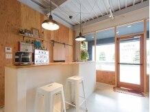 ミメック リブプラスヘアー(mimek live+hair)の雰囲気(まるでカフェのような落ち着いた空間でリラックスして頂けます☆)