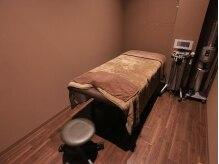 クレア アイ バランス(CREA Eye Balance)の雰囲気(完全個室の空間で、ゆったりリラックスして施術が受けられます。)