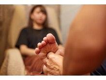 ニヒロ 浅草店(nihilo)の雰囲気(カチカチの筋肉には、拇指での深圧しの整体が効果的!)