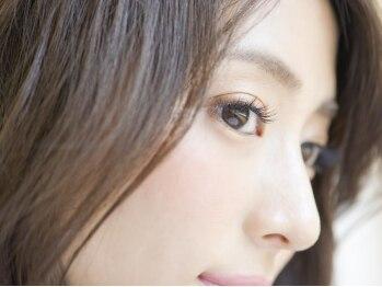 ラウル(Laul by Eye Candy)の写真/まつ毛エクステ専門サロンだからこその高い品質☆より上質で、さりげない華やかさを兼ね備えた大人の目元へ