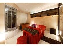 ゆったりとした個室の優雅な空間、日常を忘れて最高のひとときを・・・