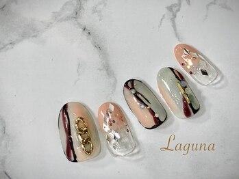 ラグウナ(Laguna)/ラインアートネイル