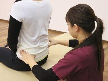 八千代大和田整骨院の写真/普段の生活にも影響が出てしまう腰痛のお悩みに!寄り添いながら根本改善に向けて幅広い施術を提案します☆