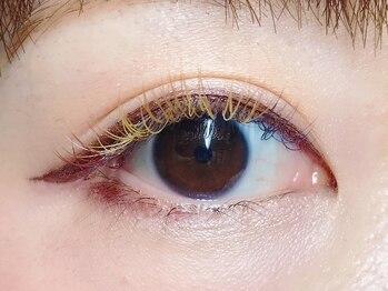 アイラッシュサロン モナ(mona)の写真/全20種類のカラーエクステをご用意!何種類でもミックスOK♪貴女の目の形に似合わせたデザインをご提案☆