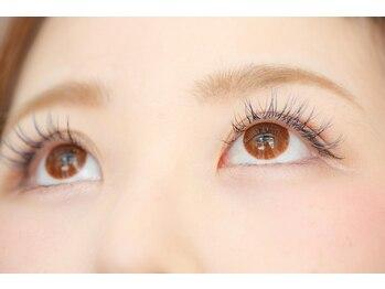 ネイルアンドアイサロン エコル 生駒店(Ekolu)の写真/通いやすい定額制☆一人一人の目の形やまつ毛の生え方を見極め、なりたい理想のお目元をデザインします♪