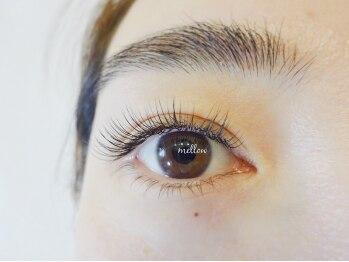 メロウアイラッシュ(mellow eyelash)