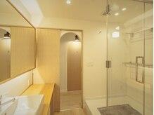 清潔感があると人気のシャワールーム◎