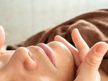 ビューティアンドリラックス リフレ 友愛(Beauty&Relax refle'a)の写真/毎日の煩わしいお手入れから解放!!ひげ脱毛で清潔感溢れるお顔に♪完全個室だから人目を気にせず通える◎