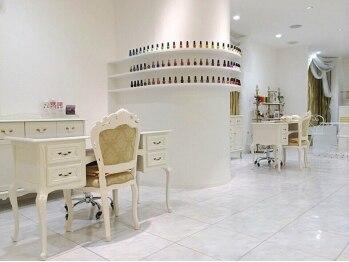 ラグジュアリーサロン ゴールディ(Luxury Salon GOLDY)(福岡県北九州市小倉北区)