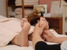 リラクゼーションサロン ベル(Belle)の雰囲気(足が冷えている方にはホットタオルで温めるサービスもあります☆)