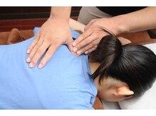 マッサージ 肩の施術