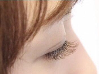 コルテアイ(CoRte.eye)の写真/フラットラッシュも導入★《ブラウンカラー》で、抜け感のあるオシャレな大人女性向きナチュラルデザイン♪
