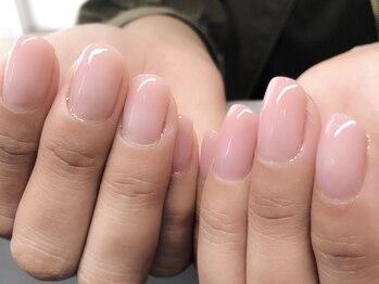 ネイル アトリエ ミジュ(nail atelier MijU)の写真/【美爪ワンカラ―¥4800】指先をキレイに魅せる<フォルム形成>を含む人気メニュー!モチの良さも定評が◎