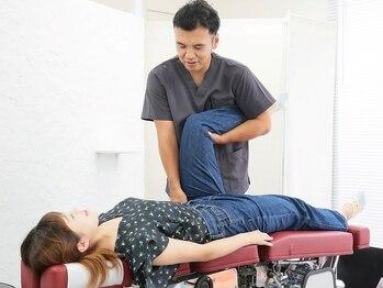 コモドカイロプラクティック(comodo Chiropractic)の写真/慢性化した肩こり・腰痛に◎日頃のクセや歪んだ姿勢から根本改善!疲れ・痛みから卒業しませんか?