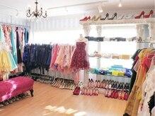 ネイルサロン ドレリッチ 青山店(drerich)の雰囲気(ドレスも沢山あるので、ネイルの後にレンタルするのも◎)