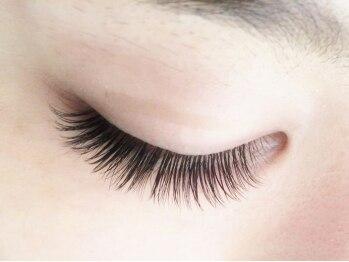フェアブライト 横須賀衣笠店(Fere Bright)の写真/毛が少なくエクステが出来なかった方に、試して頂きたいFBボリュームラッシュ☆どんな方でもボリュームUP