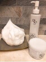 ポーデベロア(Peau des velours)/REVIのモコモコ洗顔