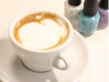 プロ仕様のマシンで入れたコーヒーと一緒にカウンセリング。