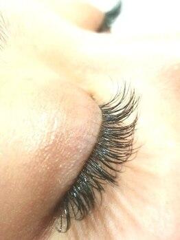 エステルの写真/【エクステつけ放題¥5500】なりたい目元にあわせて毛の種類が選べる!自然な仕上がりで美人印象UP★