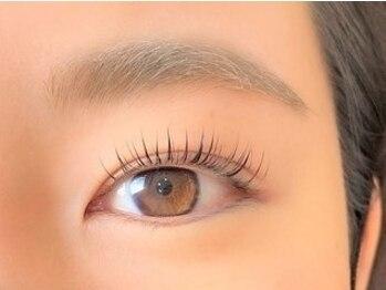 ネイルアンドアイラッシュ グレース 川西店(nail&eyelash Grace)の写真/【下向きまつ毛もクルッと上向き♪】いつでもまつ毛パーマ上¥3300 自まつ毛で憧れの美しい瞳に☆