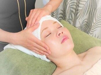 プカラス(Pukarasu)の写真/くすみや毛穴・シミやシワの改善・ニキビにもアプローチ◎様々なお肌悩み、お気軽にご相談ください。