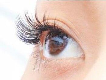 エッジ アイラッシュ(edge eyelash)/理想のカールで可愛い目元を実現