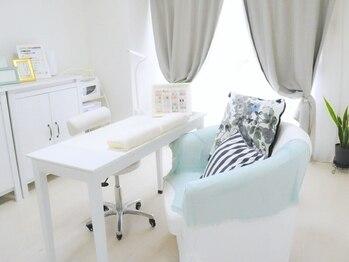 ネイルサロン ルフレ(nail salon reflet)(大阪府堺市北区)