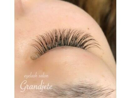 グランジュテ(Grandjete)の写真