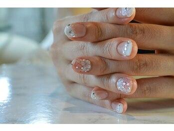 ネイルサロンブラン(nail salon BLANC)/可愛いお花のブライダルネイル