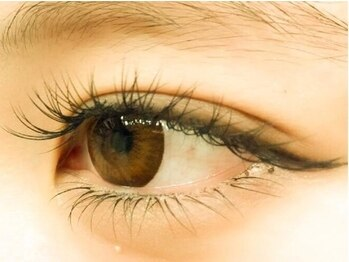 リーフオレンジアイラッシュ(leaf orange eyelash)の写真/【新規様ワンカラーネイル+エクステ120本¥7330】ネイル&まつ毛の同時施術が可能!時短で忙しい女性にも◎